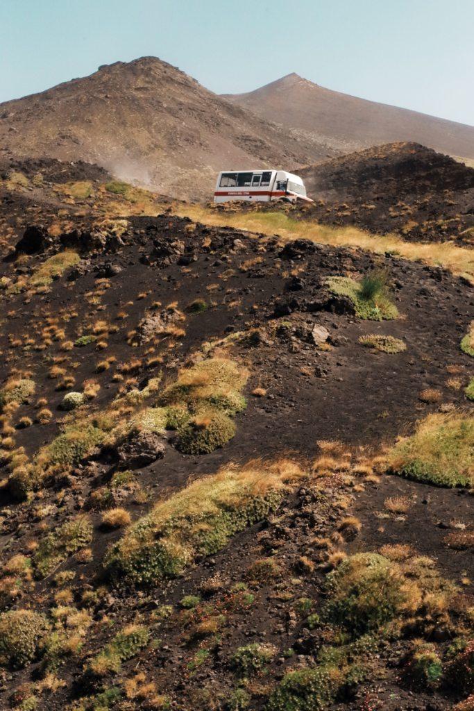 Escusione ai crateri sommitali dell'Etna