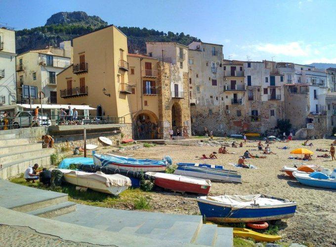 Excursions à Taormina, Etna, Iles Eoliennes, Vulcano, Lipari, Stromboli, Palerme, Cefalu, Syracuse, Agrigente, Favignana, Lampedusa